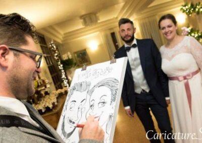 valentino-villanova-caricature-intrattenimento-coppia-risata-villa-ristorante-matrimonio-400x284 Caricature al Matrimonio